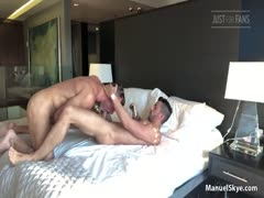 ManuelSkye & AlessandroHaddad in Muscle Daddy Raw Fuck